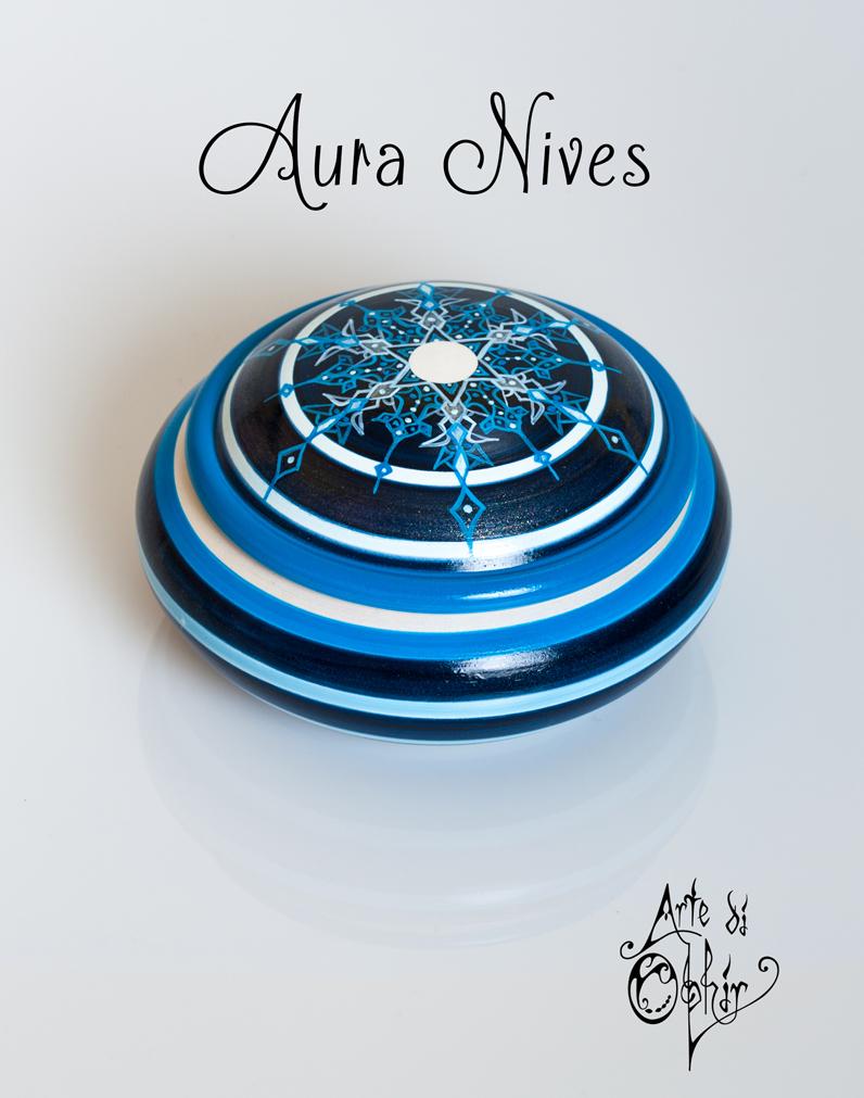 AURA NIVES